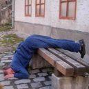 Pagrindinė girtų miegojimo pozicija